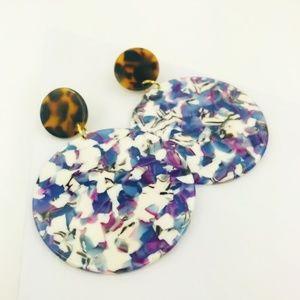 CLOSET REHAB Jewelry - Circle Drop Earrings in Purple with Tortoise Stud